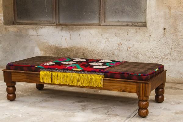 banca lemn suzani canapea amenajari interioare stil uzbek