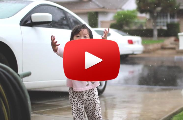 copil-ploaie-film-prima-ploaie