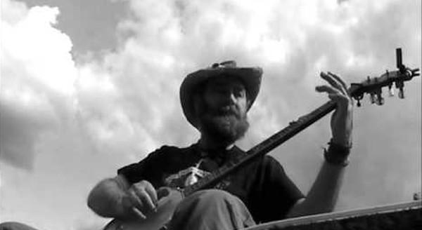 dave-hum-banjo