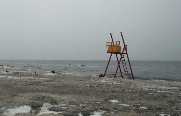 poza-plaja-ianuarie-iarna